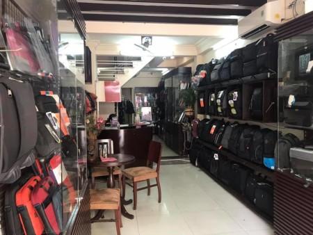 Cho thuê nhà MT Q5 nguyên căn đường Phan Văn Trị, P2, Q5., 80m2, 4 phòng ngủ, 6 toilet