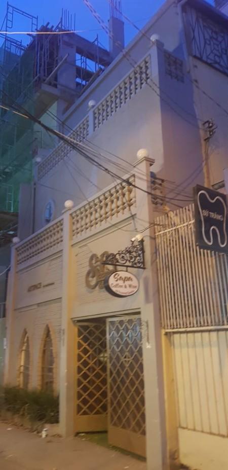Cho thuê nhà mặt tiền Trương Quyền , P6, Q3, TP HCM. Giá cho thuê 70 triệu/ 1 tháng, 450m2, 5 phòng ngủ, 6 toilet