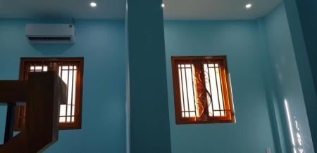 Cho thuê nhà nguyên căn. Hẻm 1/Hoàng Sa. quận 1, 27.5m2, 2 phòng ngủ, 2 toilet