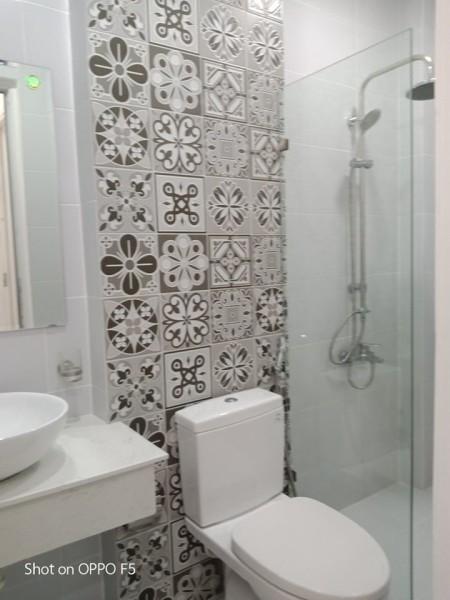 Cho thuê nhà nguyên căn 385/1 Huỳnh Văn Bánh, Phường 11, Quận Phú Nhuận. Giá cho thuê 14 triệu/tháng., 45.24m2, 3 phòng ngủ, 3 toilet