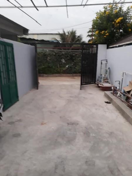 Cần cho thuê nhà nguyên căn, đường Nguyễn Duy Trinh, phường Bình Trưng Tây, quận 2. Giá hữu nghị 7 triệu/1 tháng., 135m2, 3 phòng ngủ,