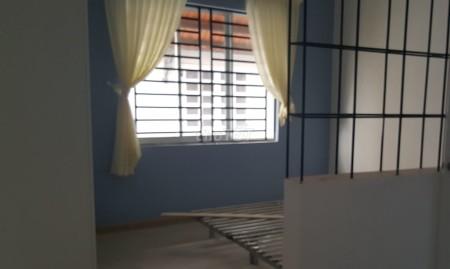 Có nhà hẻm Huỳnh Văn Bánh, Phú Nhuận cần cho thuê giá 34 triệu/tháng, dtsd 220m2, 220m2, 3 phòng ngủ, 4 toilet
