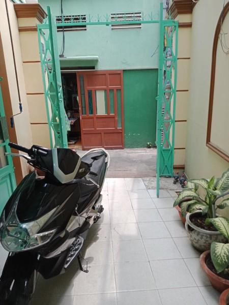Cần cho thuê nhà NC . Hẻm 1sẹc Nguyễn thuợng Hiền quận Phú Nhuận, 50.4m2, 4 phòng ngủ, 3 toilet