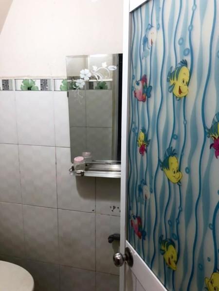 Cho thuê nhà 2MT hẻm 681 Âu cơ P.Tân Thành Quận Tân Phú. Giá thuê: 8tr/tháng, 24m2, ,