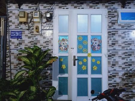 Cho thuê nhà hẻm 225/20/15 Tạ Quang Bửu, Quận 8, dtsd 25m2, giá 4 triệu/tháng, 259m2, 1 phòng ngủ, 1 toilet