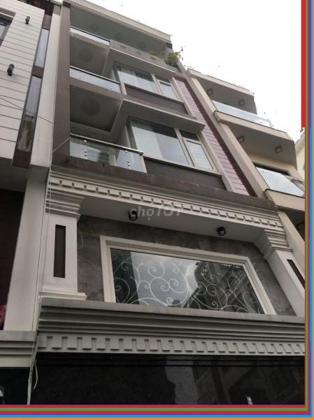 Nhà lớn mặt tiền đường D5 Bình Thạnh. Nhà đẹp rộng thích hợp kinh doanh đa ngành nghề. Yên tâm về giá, 72m2, 7 phòng ngủ, 8 toilet