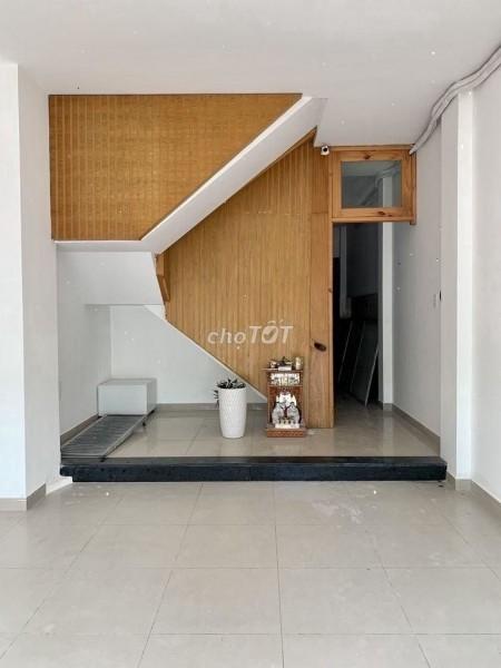 Cho thuê nhà mới trong khu biệt thự P. Bình An quận 2. Nhà rộng có nhiều phòng ngủ và wc, 62m2, 8 phòng ngủ, 9 toilet