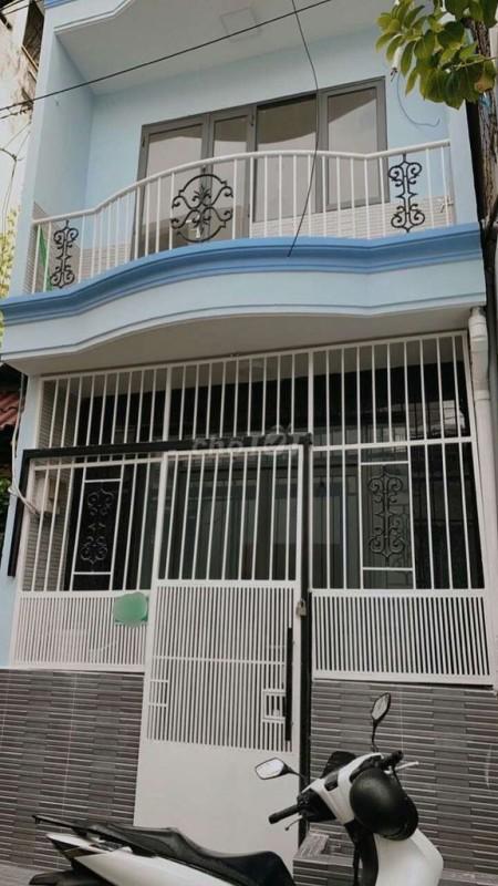 Nhà cho thuê tại khu phú thuận quận 7. Dt 80m2 có 3 pn, 3wc, giá thuê chỉ 12tr/tháng, 80m2, 3 phòng ngủ, 3 toilet