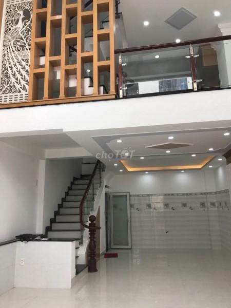 Chính chủ cho thuê căn nhà tại 250 Phan Xích Long mặt tiền đường thuận tiện kinh doanh. Lhcc 0902536017 Hoa, 150m2, 4 phòng ngủ, 4 toilet