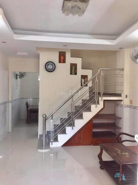 Nhà hẻm 1027 Huỳnh Tấn Phát, Quận 7 cần cho thuê giá 9 triệu/tháng, dtsd 100m2, 100m2, 4 phòng ngủ, 3 toilet