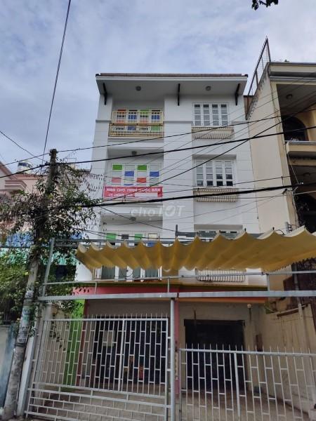 Nhà cho thuê tại đường Thích Quảng Đức, Phú Nhuận. Có thuê làm văn phòng hoặc kinh doanh., 60m2, 6 phòng ngủ, 3 toilet