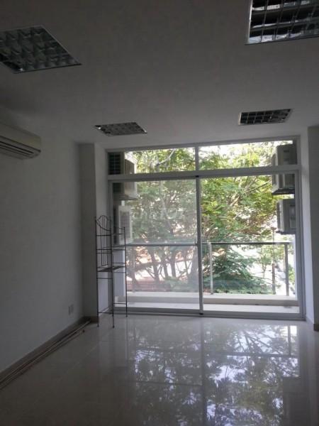 Cho thuê nhà nguyên căn tại hẻm đường Lê Hồng Phong P.10 Q.10. Ai có nhu cầu liên hệ để sở hửu ngay nhà đẹp., 68m2, 3 phòng ngủ, 3 toilet