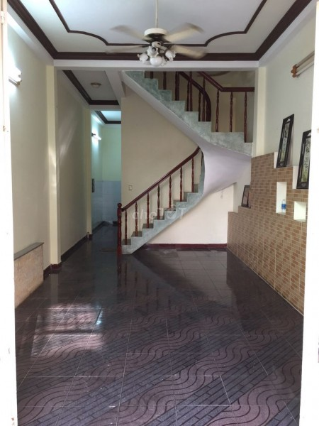 Nhà cho thuê khu Bắc Hải ngay đường Cửu Long Phướng 15 Quận 10. Dtsd 180m2, 60m2, 5 phòng ngủ, 3 toilet