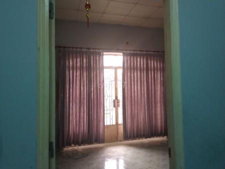 Có nhà đường Quốc Lộ 50, Bình Chánh cần cho thuê giá 8 triệu/tháng, dtsd 72m2, 72.8m2, 3 phòng ngủ, 2 toilet