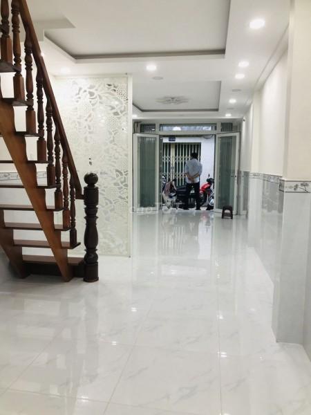 Cần cho thuê nhà nguyên căn 2 tầng ( 1 trệt, 1 lầu) bố trí 2 phòng ngủ và 2 nhà vệ sinh. 10 triệu/tháng tại Quận 1, 50m2, 2 phòng ngủ, 2 toilet