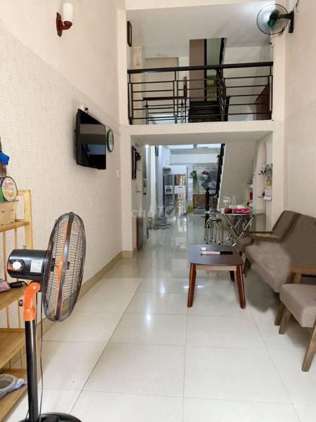 Nhà nguyên căn rộng thoáng 130m2, có nội thất, hẻm 163 Tô Hiến Thành, giá 19 triệu/tháng, 130m2, 3 phòng ngủ, 3 toilet