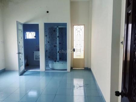 Chính chủ cần cho thuê nhà nguyên căn Quận 10, dtsd 56m2, giá 11 triệu/tháng, lh 0909932727, 56m2, 3 phòng ngủ, 2 toilet