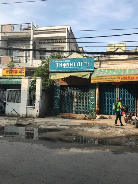 Cho thuê nhà nở hậu 3.8m, có gác lửng, đc 101 Phạm Phú Thứ, Quận 6, giá 12 triệu/tháng, 72m2, 2 phòng ngủ, 1 toilet