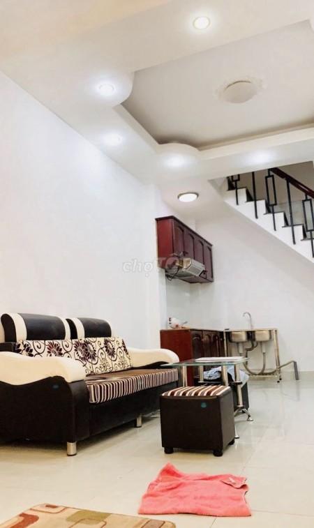 Nhà hẻm 16 Nguyễn Thiện Thuật, Quận 3 cần cho thuê nguyên căn rộng 20m2, giá 14 triệu/tháng, 20m2, 3 phòng ngủ, 3 toilet