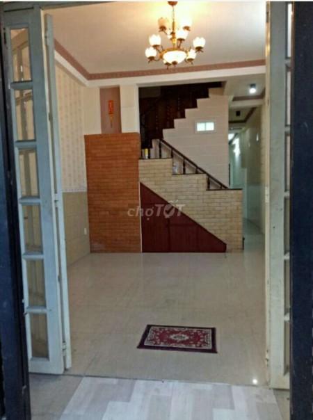 Cần cho thuê nhà rộng 68m2, 1 trệt, 1 lầu, giá 9 triệu/tháng, đường số 12, Quận Thủ Đức, 68m2, 4 phòng ngủ, 3 toilet