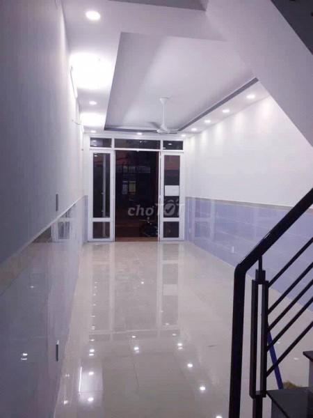 Nguyên căn rộng 48m2, 2 tầng, hẻm 10 Kỳ Đồng, Quận 3, giá 20 triệu/tháng, 48m2, 1 phòng ngủ, 2 toilet