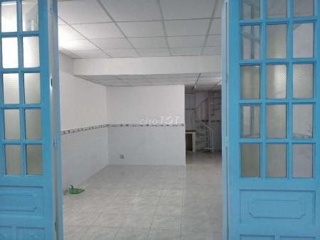Nhà nguyên căn rộng 80m2 (4mx10m), nhà cấp 4, có gác Quận Tân Phú, giá 6.5 triệu/tháng, lh 0354101007, 80m2, 2 phòng ngủ, 2 toilet