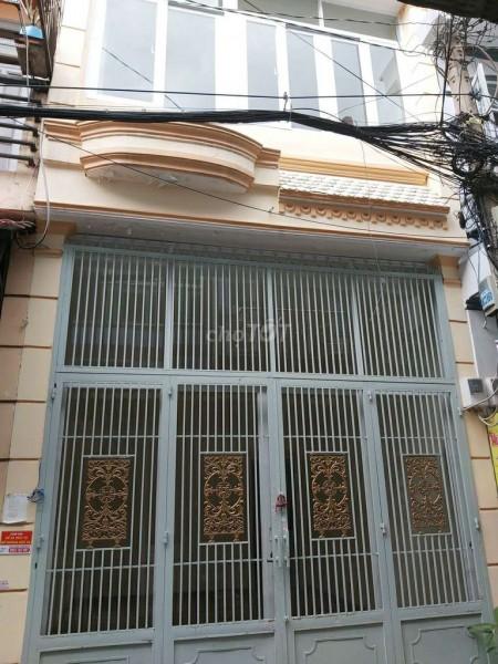 Nhà cho thuê nguyên căn 1 trệt 1 lầu cổng cào kiêng cố chắc chắn tại Đường B4 Phường Tây Thạnh Quận Tân Phú, 32m2, 2 phòng ngủ, 2 toilet