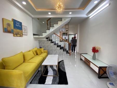 Cho thuê nhà nguyên căn chính chủ tại Nguyễn Thần Hiến Quận 4 nhà 2 tầng, diện tích 98m2, 45m2, 2 phòng ngủ, 2 toilet