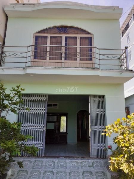 Nhà cho thuê nguyên căn 200m2 tại Long Hòa Cần Giờ. Giá cho thuê 10 triệu/tháng, 120m2, 4 phòng ngủ, 2 toilet