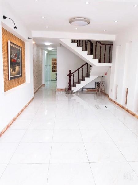 Mình cần cho thuê nhà rộng 64m2, 5 tầng, mặt tiền Tạ Quang Bửu, Quận 8, giá 35 triệu/tháng, 64m2, 6 phòng ngủ, 4 toilet