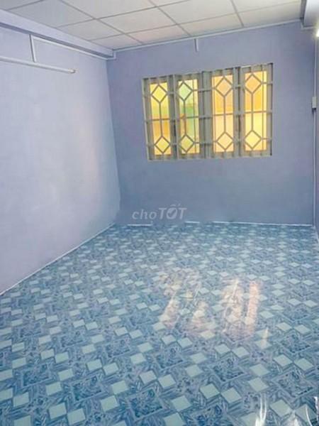 Cho thuê nhà rộng 72m2, 1 trệt, 1 lầu, hẻm Trần Bình Trọng, Quận 5, giá 12 triệu/tháng, LHCC, 72m2, 2 phòng ngủ, 3 toilet