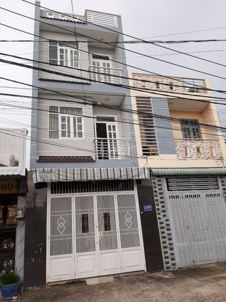 Cần cho thuê nhà nguyên căn đúc kiên cố 2 tầng lầu tại đường Xương Cá 1, xã Phong Phú, huyện Bình Chánh, 52m2, 3 phòng ngủ, 3 toilet