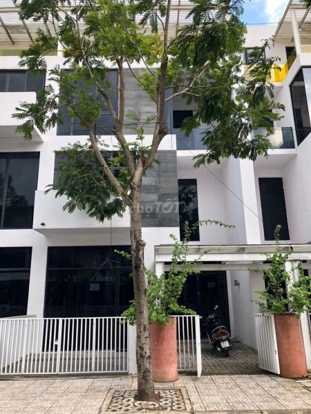 Cho thuê nhà nguyên căn thuộc Khu biệt thự Ventura Kiến Á tại Phường Cát Lái, Quận 2, 357m2, 6 phòng ngủ, 7 toilet