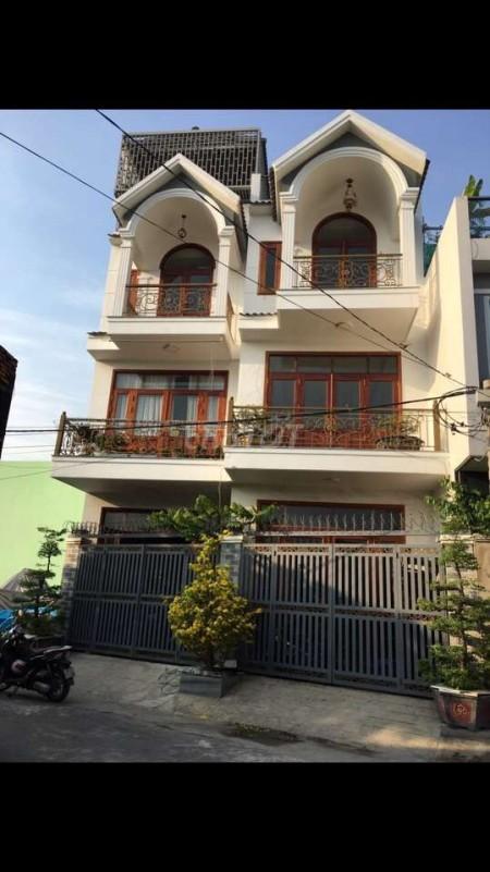Cho thuê biệt thự sang chảnh vừa mới xây xong mới cáu, nội thất cao cấp tại Tôn Thất Thuyết, 156m2, 6 phòng ngủ, 6 toilet