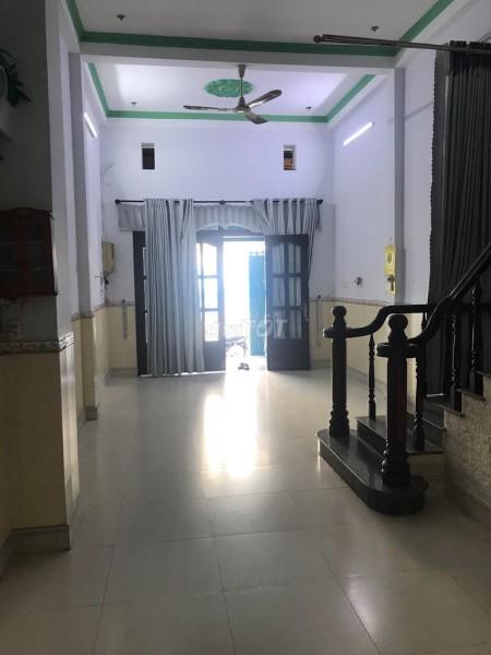 Hẻm Ỷ Lan, Quận Tân Phú cần cho thuê nguyên căn rộng 80m2, 6 PN, giá 18 triệu/tháng, LHCC, 80m2, 6 phòng ngủ, 6 toilet