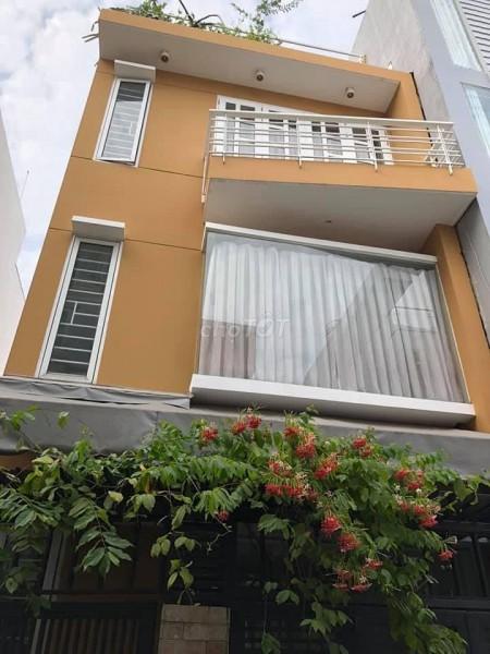 Cho thuê nhà nguyên căn dtsd 200m2 tại Lê Văn Lương Tân Phong Quận 7, 75m2, 4 phòng ngủ, 4 toilet