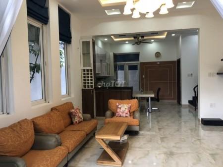Nhà nguyên căn 420m2, 3 lầu, 8PN, 8WC tại Nguyễn Cửu Văn Bình Thạnh cho thuê., 420m2, 8 phòng ngủ, 8 toilet