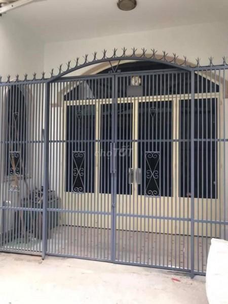 Cho thuê nhà nguyên căn trong hẻm 4m đường Dương Văn Dương. Dt 4m x 10m, 1 trệt, 1 lầu, 40m2, 2 phòng ngủ, 2 toilet