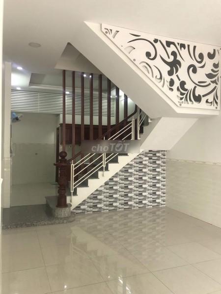 Nhà đường Hoa Bằng, Quận Tân Phú cần cho thuê giá 26 triệu/tháng, dtsd 265m2, LHCC, 265m2, 6 phòng ngủ, 4 toilet