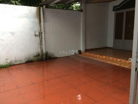Nhà cấp 4 riêng biệt có sân rộng rãi hẻm 2/9 Nguyễn Thị Sóc, Bà Điểm, Hóc Môn, 120m2, 3 phòng ngủ, 1 toilet