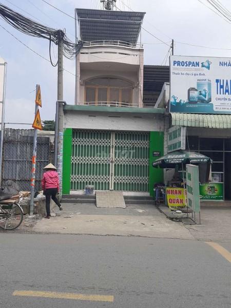 Nhà ngay 100m2 mặt tiền đường Lã Xuân Oai rất thích hợp để kinh doanh, buôn bán, 100m2, 3 phòng ngủ, 2 toilet
