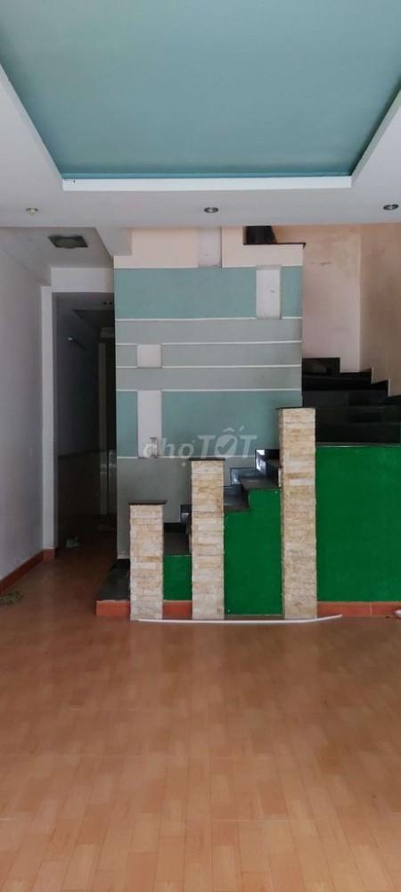Kênh 26/3, Quận Bình Tân cần cho thuê nhà rộng 68m2, 2 tầng, giá 7 triệu/tháng, 68m2, 3 phòng ngủ, 2 toilet