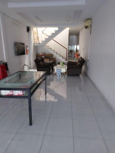 Có nhà tại 13 Lê Văn Sỹ, Quận 3 cần cho thuê giá 27 triệu/tháng, dtsd 100m2 (4.3mx23m), 100m2, 4 phòng ngủ, 4 toilet
