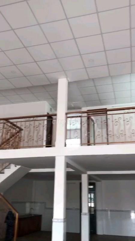 Nhà mới nguyên căn, 300m2 ( 10m x 30m ) tại mặt tiền đường Huỳnh Thị Na, Đông Thạnh, huyện Hóc Môn, 300m2, 2 phòng ngủ, 1 toilet