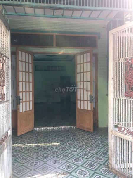 Có nhà mặt tiền đường S1, Quận Tân Phú cần cho thuê giá 10 triệu/tháng, dtsd 100m2, LHCC, 100m2, 4 phòng ngủ, 4 toilet