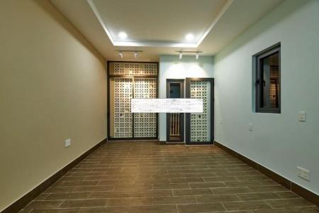 Có nhà đường Lê Thúc Hoạch, Quận Tân Phú cần cho thuê giá 16 triệu/tháng, dtsd 40m2, 40m2, ,