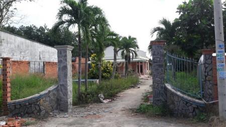 Cho thuê nhà siêu đẹp, đang sửa sang lại, nhà 200m2, cần cho thuê lại giá thỏa thuận, 200m2, 2 phòng ngủ, 1 toilet