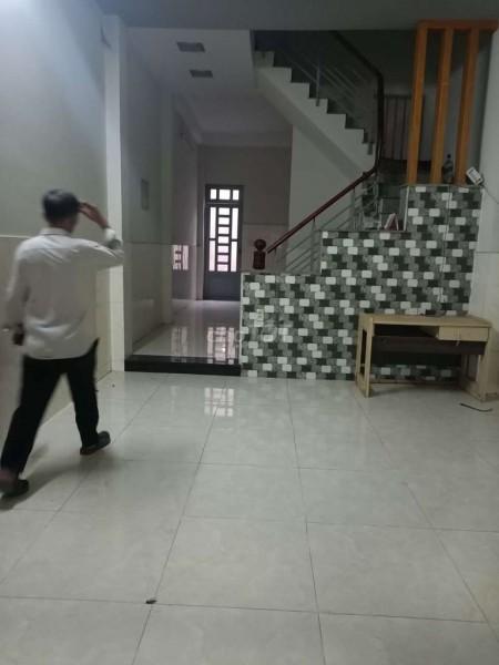Cho thuê nhà nguyên căn 110m2, trong khu dân cư Đại Hải đường lớn thông thoáng, xe tải ra vào thoải mái, 110m2, 2 phòng ngủ, 2 toilet