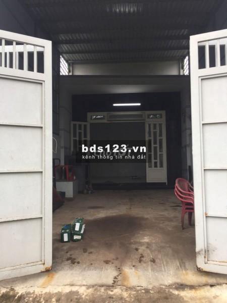 Cho thuê nhà cấp 4 nguyên căn 3 phòng ngủ, có mặt bằng phía trước để kinh doanh hoặc làm xưởng....DT 200m2, 200m2, 3 phòng ngủ, 1 toilet