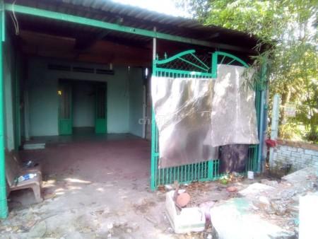Cho thuê nhà cấp 4 có 2 phòng ngủ, sân trước rộng tại đường Nguyễn Thị Nhúng xã Tân Thông Hội, huyện Củ Chi, 120m2, 2 phòng ngủ, 1 toilet